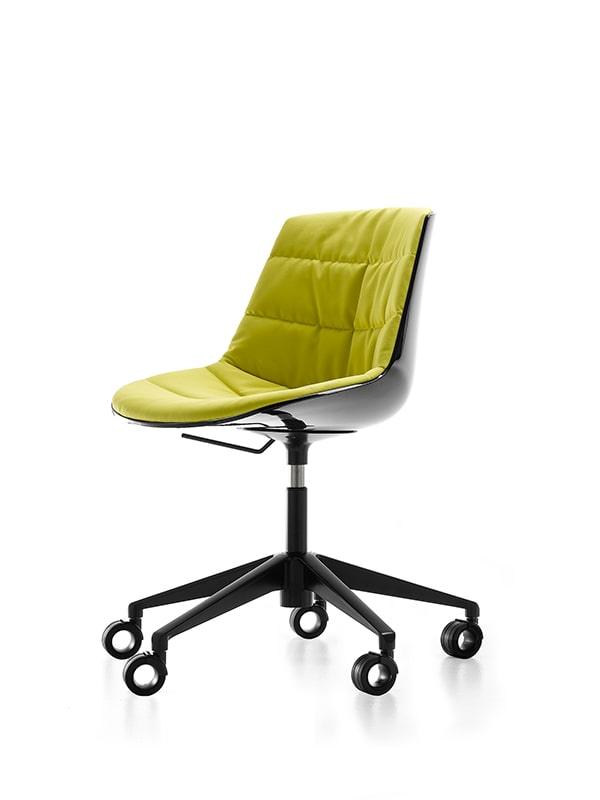 Flow-chair-base-su-ruote-1-min