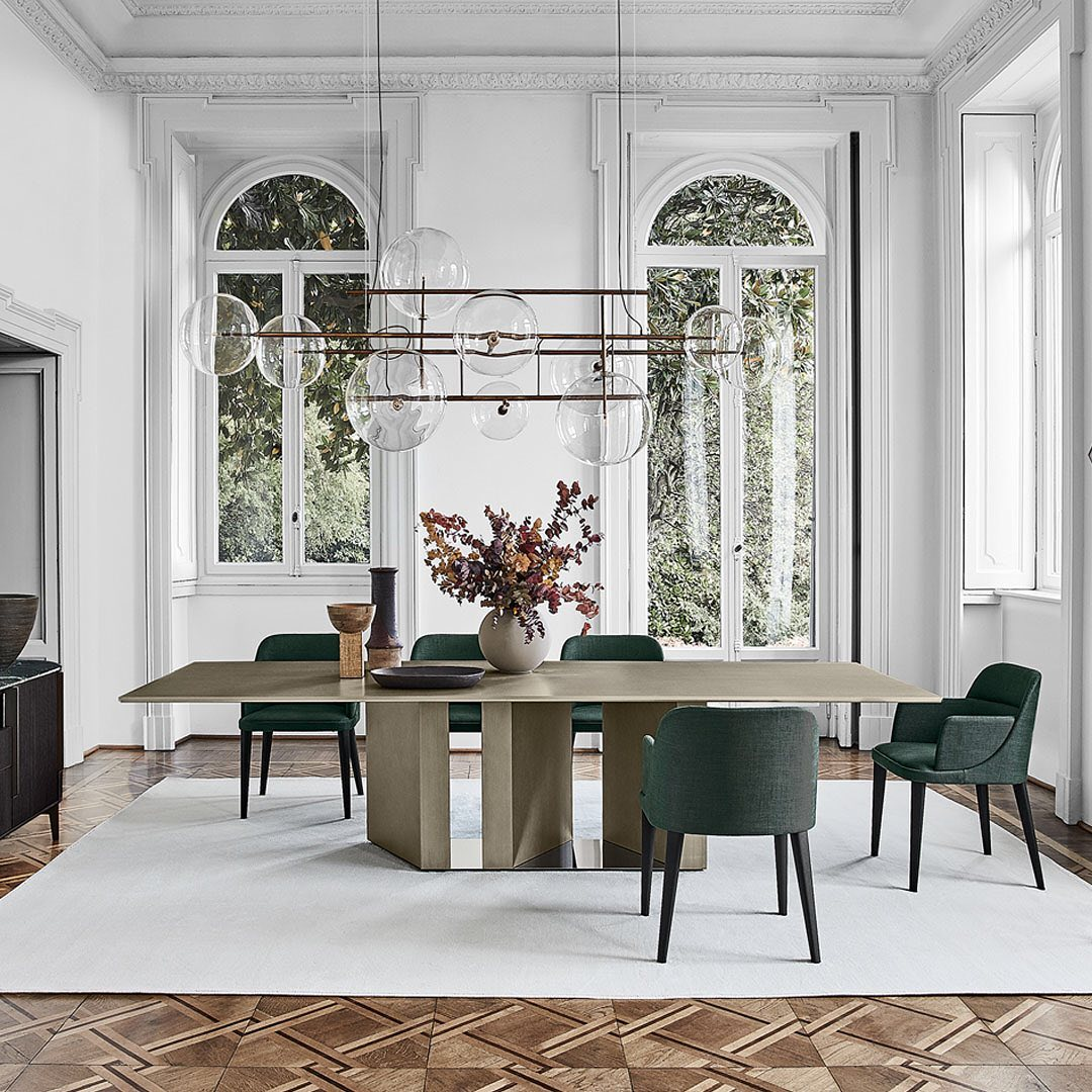 GALOTTI-RADICE-The-pure-lines-of-this-dining-room